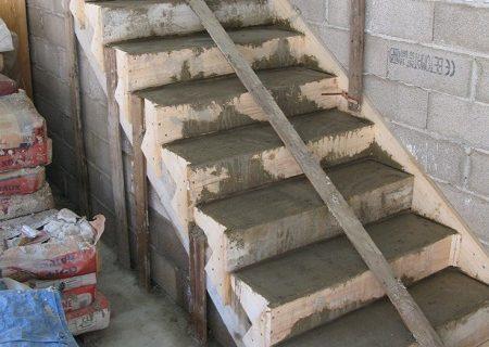 Лестница из бетона – как сделать самому?