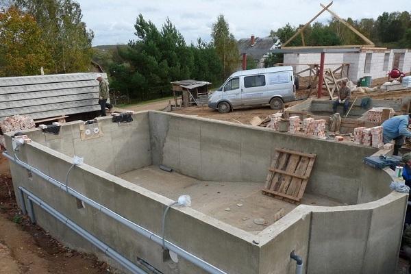 Толщина бетона под разные поверхности