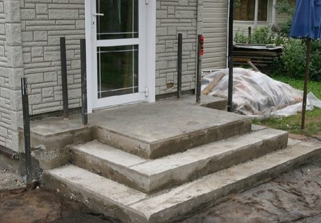Крыльцо из бетона – как сделать от А до Я