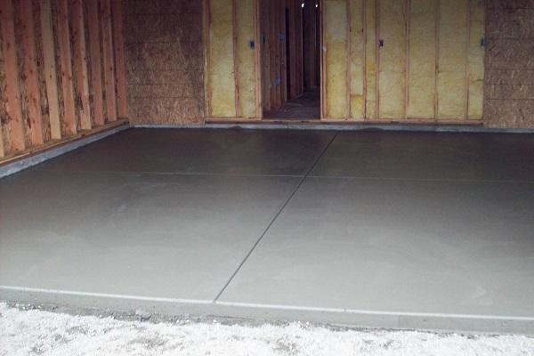 Как залить пол бетоном: этапы работ