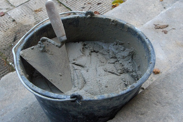 Напрягающий цемент - основные характеристики материала